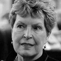 Ruth Rendell (1930-2015)